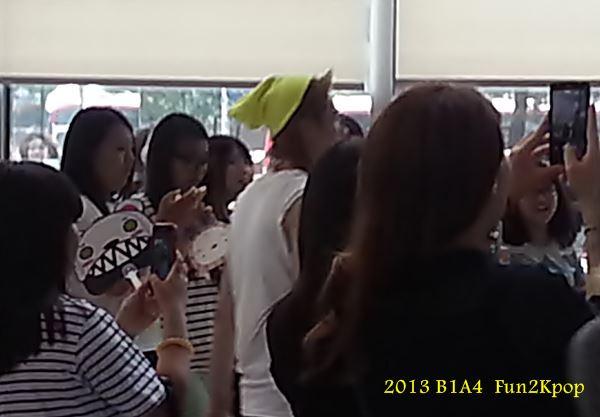 2014 B1A4 Music core Fan Pic