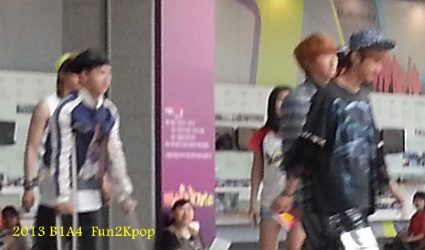 2014 B1A4 Music core Fan Pic